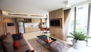 For SaleCondoHua Hin, Prachuap Khiri Khan, Pran Buri : Condominium near the beach For Sale