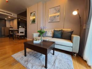 For RentCondoWitthayu,Ploenchit  ,Langsuan : [For Rent] Focus Ploenchit Condo, Only 22,500 baht/month, New room, Fully furnished / Close to BTS Ploenchit station