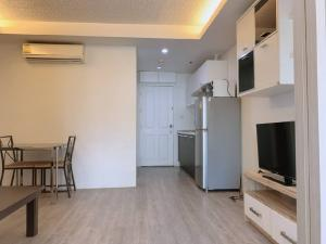 For RentCondoOnnut, Udomsuk : TG8-0235 Urgent for rent, Water Ford Condo Sukhumvit50, next to BTS On Nut !! (Able to support animals)