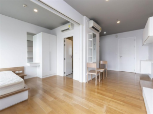 For SaleCondoOnnut, Udomsuk : 1 bed, big size, 1 bath, 40 sqm., Sale 3,870,000 Mb. Corner room, new room