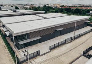 For SaleWarehouseSamrong, Samut Prakan : Large warehouse sales With Prime Estate Project Office, Prime Estate, Thepharak Km.26, land 559.2 square meters, usable area 1345 square meters, decorated with very good condition, special price for sale.
