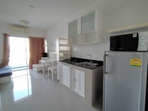 For RentCondoRama9, RCA, Petchaburi : Condo for rent, A Space Asoke-Ratchada, size 35 sq m. Beautiful room with washing machine.