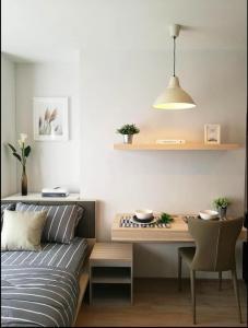 For RentCondoBangna, Lasalle, Bearing : ideo o2 bts Bangna bitech Bangna intersection, beautiful room, high floor