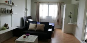 For RentCondoPattanakan, Srinakarin : For rent studio 29 sq m, D Condo On Nut Suvarnabhumi, good condition room.