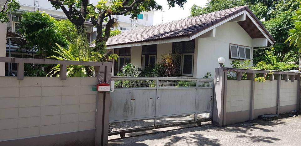 ขายบ้านพระราม 3 สาธุประดิษฐ์ : ขายบ้านเดี่ยว2 ชั้น เนื้อที่ 170 ตารางวา เขตยานนาวา ซอยจันทร์เก่า ใก้ลถนนนราธิวาส