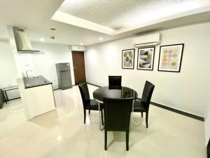 For RentCondoOnnut, Udomsuk : TG8-0249 Urgent for rent, Water Ford Condo Sukhumvit50, next to BTS On Nut !! (Able to support animals)