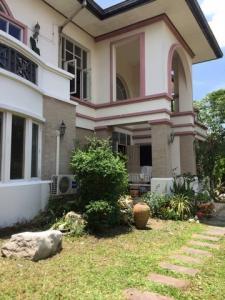 For RentHouseNawamin, Ramindra : RHT378 2 storey house for rent Manthana Phraya Suren.