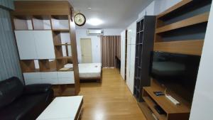 เช่าคอนโดพระราม 9 เพชรบุรีตัดใหม่ : 🔥For Rent 34sqm Studio  MRT Rama9🔥Hot💥price💥11,000/month ใกล้ๆ มศว เหมาะกับนักศึกษาศรีนครินทรวิโรฒfrom❌16,000❣️Type  : Studio 1 bedroom  1 bathroom balcony ราคาไม่แพง