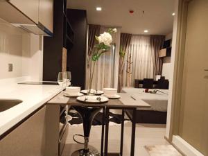 เช่าคอนโดพระราม 9 เพชรบุรีตัดใหม่ : ให้เช่า  Life Asoke - Rama 9  Studio ขนาด 26 ตร.ม. อยู่ใกล้ MRT พระราม 9