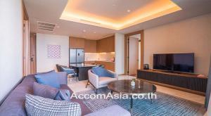 เช่าคอนโดวิทยุ ชิดลม หลังสวน : Unique Luxuary Service Residence Apartment 2 Bedroom For Rent BTS Ratchadamri in Langsuan Bangkok ( AA27603 )
