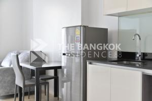 For RentCondoRatchadapisek, Huaikwang, Suttisan : For rent 1 bedroom, very good price, room size 35 Sqm, 1 bedroom, high floor, only 15,000 baht, interested contact Ice 0954080075