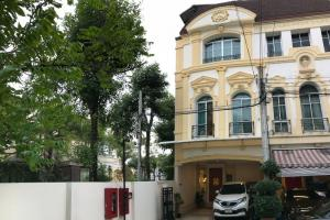 For RentTownhouseRama3 (Riverside),Satupadit : ⭐ Sell / rent house in the middle of Grand Vienna Rama 3