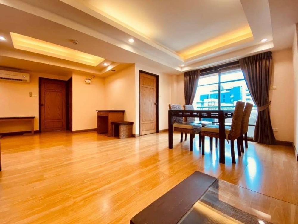 เช่าคอนโดสุขุมวิท อโศก ทองหล่อ : Apartment for rent : 2 bedrooms 2 bathrooms for 130 sqm.With fully furnished and electrical appliances.Just 450 m. to Thong Lor Soi 20 , 750 m. to J Avenue department Store.Rental only for 35,000 / m.