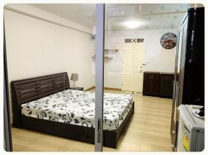 For SaleCondoRatchadapisek, Huaikwang, Suttisan : Condo for sale City Home Ratchada   fully furnished  with tenant.