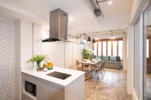 For RentHouseSukhumvit, Asoke, Thonglor : Townhome for rent Ekkamai Sukhumvit 63