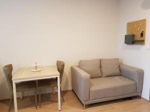 เช่าคอนโดบางนา แบริ่ง : Ideo O2 Condo for rent : 1 bedroom  for 32 sqm. 7th floor C building.With fully furnished and electrical appliances.Just 300 m. to BTS Bangna.Rental only for 9,500 / m.