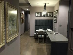 For RentCondoSathorn, Narathiwat : The Diplomat Sathorn For Rent 2 Bedrooms, BTS Surasak