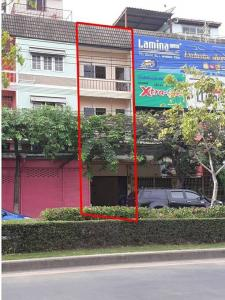 For SaleShophouseOnnut, Udomsuk : Commercial building, good location, next to Sukhumvit 77 main road, Soi On Nut 55-1, go 100 m. AN009