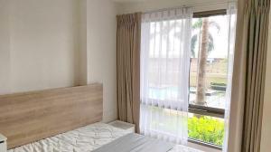 For SaleCondoRama9, RCA, Petchaburi : Urgent sale, Casa Condo Asoke - Din Daeng, poolside room, beautiful view, good atmosphere, like a vacation every day