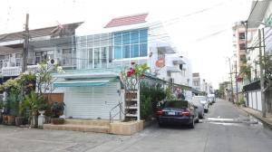 For RentTownhouseOnnut, Udomsuk : 2 storey townhome for rent, behind the corner of Soi Sukhumvit 93, near Bang Chak BTS station