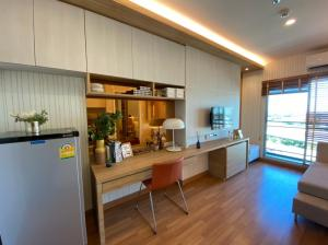 For SaleCondoRama3 (Riverside),Satupadit : Condo for sale with Chao Phraya River view near Bhumibol 1 Bridge with promotions. Stay in comfort, beautiful view with Lumpini Place Rama 3 - Riverine, 1 bedroom 31 square meters.