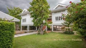 For SaleHouseCha am, Hua Hin : Colonial Stylish House For Sale