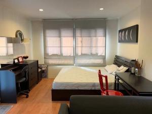 For RentCondoOnnut, Udomsuk : ✅ For rent, Lumpini Ville Sukhumvit 77, near BTS, size 30, fully furnished and electrical appliances ✅