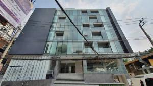 เช่าพื้นที่ขายของสุขุมวิท อโศก ทองหล่อ : Rental : Commercial Space for Shop in Ashley Hotel , Sukhumvit 53 , Thonglor