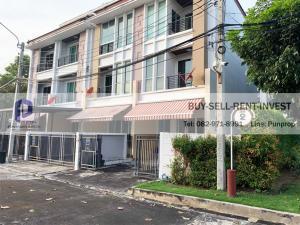 For SaleTownhousePattanakan, Srinakarin : Sell townhome behind the corner. Baan Klang Muang, S-Sense, On Nut-Ring Road, 31. 9 sq.wa. 3 bedrooms, 4 bathrooms, 3 floors, 5. 2 million