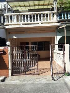 For RentTownhouseSukhumvit, Asoke, Thonglor : H187- Townhouse for rent, 3.5 floors, Soi Sukhumvit 65, near BTS Ekkamai.