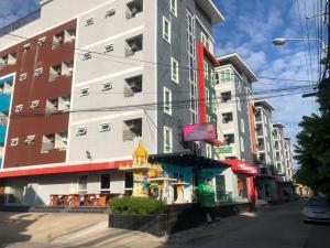 ขายขายเซ้งกิจการ (โรงแรม หอพัก อพาร์ตเมนต์)วิภาวดี ดอนเมือง หลักสี่ : ขายโรงแรม&service apartment  ใกล้สนามบินดอนเมือง