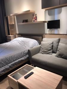 For RentCondoSukhumvit, Asoke, Thonglor : Condo for rent, Park 24, 28th floor, Re63-0069.