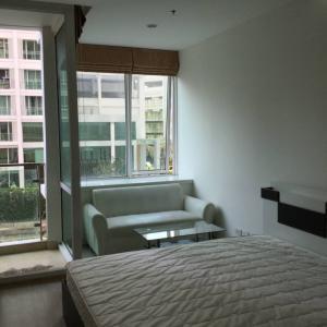 เช่าคอนโดพระราม 9 เพชรบุรีตัดใหม่ : TC Green Condo [9,500/month] ตึก A ชั้น3 ห้องมุม ติดลานจอดรถ ห้องแบบ Studio