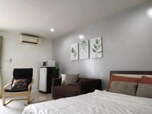 For RentCondoOnnut, Udomsuk : Regent Home 4 for rent 1 bed 30 sq.m.  2nd floor Tower A good price 5500