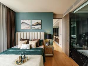 For SaleCondoSilom, Saladaeng, Bangrak : Saladaeng One for sale Fully furnished with high end luxury furnitures 56.74  sqm 1 bed 1 bath Fl. 12  22 MB (negotiable) K.Bee  064-146-6445