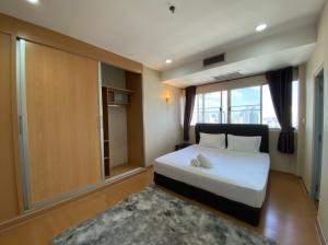 For RentCondoSukhumvit, Asoke, Thonglor : For rent The Waterford Dimond Tower 30/1, Floor 23, AOL-F72-2011003053.