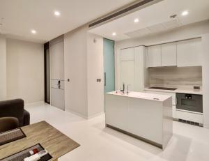 For RentCondoSukhumvit, Asoke, Thonglor : Vittorio Sukhumvit39 for rent 101sqm 2beds 2baths 100,000 per month