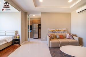 For RentCondoSamrong, Samut Prakan : Condo for rent, The Metropolis Samrong, Building A, Floor 33, Fully Furnished