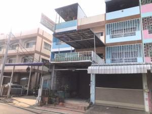 For SaleShophouseBangbuathong, Sainoi : ‼ ️ Commercial building for sale, 3 and a half floors, next to Bang Bua Thong Road, have money left.