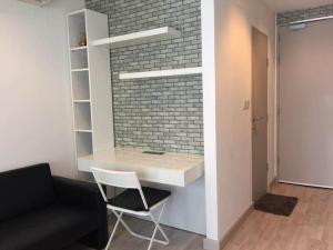 For RentCondoWongwianyai, Charoennakor : Condo for rent: Ideo Mobi Sathorn, 10th floor, Re63-0076.