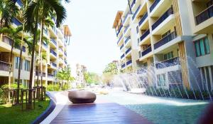 For SaleCondoCha am, Hua Hin : Beach Front Condo For Sale