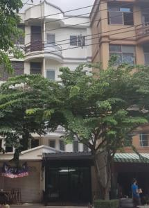 For RentShophouseLadprao 48, Chokchai 4, Ladprao 71 : S065 5-storey commercial building for rent and sale, good location, Ladprao 71, recently renovated, suitable for housing, shop, office, rent 30,000 baht