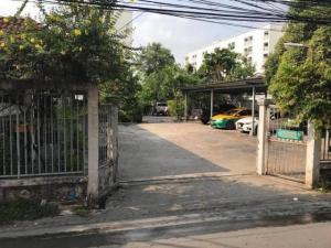 For SaleLandLadprao101, The Mall Bang Kapi : Land for sale 333 sq.w., Ladprao area, Soi Ladprao 101 With buildings