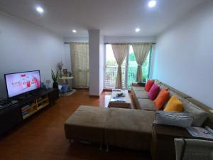 For RentCondoSathorn, Narathiwat : For Rent Baan Siri Sathorn Yenakard 3 Bedrooms