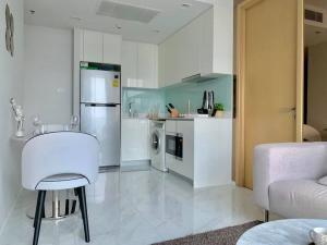 เช่าคอนโดนานา : Hyde Sukhumvit 11 for rent fully furnished 53 sqm 2beds 2baths 39,000 per month