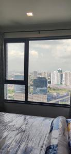 For RentCondoLadprao, Central Ladprao : *** Best value Brand new room No one has ever rented !!! *** Life Ladprao