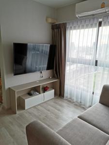 For RentCondoRama9, RCA, Petchaburi : 📌 Condo for rent, The Privacy Rama 9, size 47 sqm., 2 bedrooms, 2 bathrooms # 27th floor # rental price 21,000 (new room)