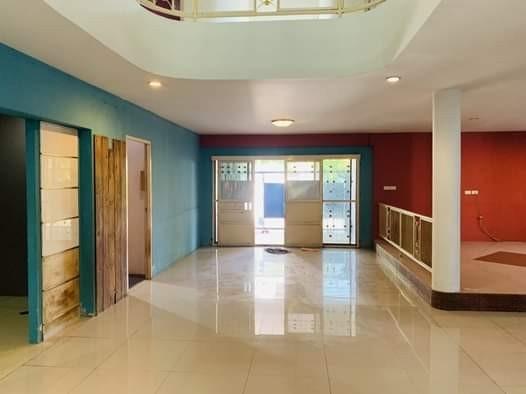 เช่าบ้านเกษตร นวมินทร์ ลาดปลาเค้า : ให้เช่าบ้านเดี่ยว 2 ชั้น โชคชัย4 เหมาะเป็น Home Office พื้นที่ 870 ตร.ม. 8ห้องนอน 6ห้องน้ำ