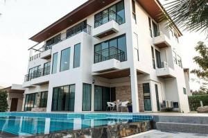 For RentHouseOnnut, Udomsuk : House for rent in Rama 9 area Perfect Masterpiece Rama9 with private pool.