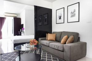For RentCondoOnnut, Udomsuk : Condo for rent, Waterford Sukhumvit 50, size 57 square meters, 2bed 1bath, price only 15000 only.